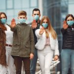 Pacienti, kteří se vyléčili z koronaviru, mají dlouhodobé následky