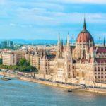 Evropské státy se začínají znovu uzavírat. Jako první to na měsíc zkouší Maďarsko