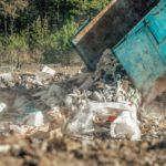 Česká republika se stává popelnicí Evropy. Odpadky k nám vyváží Německo či Itálie